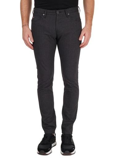 Emporio Armani  Pamuklu Slim Fit J06 Jeans Erkek Kot Pantolon 6H1J06 1Nf5Z F002 Siyah